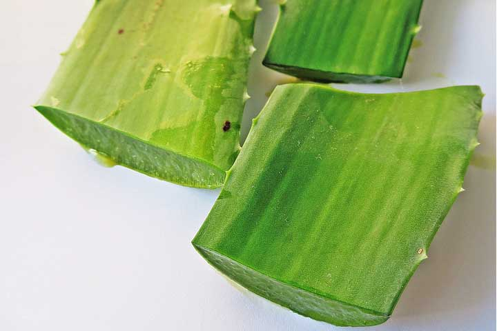 home-remedies-for-strong-and-long-hair-aloe-vara